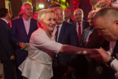 Un europarlamentar ironizeaza vizita lui Dancila in SUA: E ca si cum in Romania vine un premier si este primit de primarul din Pantelimon