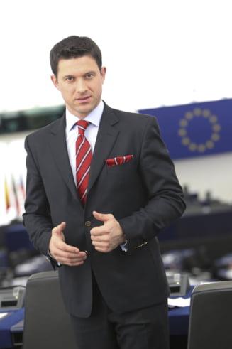 Un europarlamentar roman trimite o scrisoare de dragoste pentru Marea Britanie