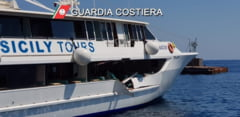 Un feribot cu 350 de pasageri la bord s-a ciocnit cu un iaht in Mediterana