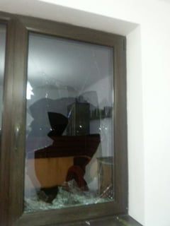 Un fost ministru a cazut victima unor bande de hoti: A ramas fara bani, bijuterii si ceasuri