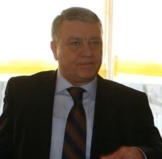 Un fost presedinte al FRF il face praf pe Mircea Sandu