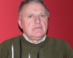Un fost primar din Vaslui prins beat crita la volan a fost amendat