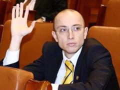 Un fost senator PDL acuza Opozitia de blat cu USL: De ce se lasa toti in Basescu?