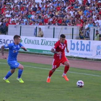 Un fotbalist dat afara de Gica Hagi, dorit de Gigi Becali la FCSB. Cine este jucatorul pe care pariaza miliardarul din Pipera