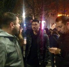 Un fotbalist din nationala Romaniei a iesit in strada: Tinerii sa-si faca partid!
