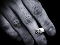 Un fumator a aruncat la intamplare un muc de tigara si a incendiat o gospodarie din satul Lipoveni. Doi copii au fost salvati din incendiu