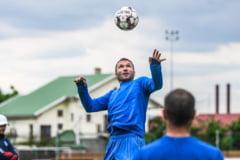 Un fundas central de 35 de ani va fi primul transfer de la FCSB