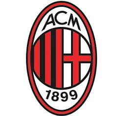 Un fundas roman de 18 ani, la AC Milan