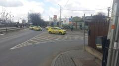 Un indicator a creat confuzie intr-o cunoscuta intersectie din Iasi. Firma care se ocupa de semaforizare le-a montat la intamplare - FOTO