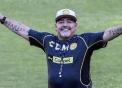 Un infirmier sustine ca a primit ordin sa nu-l trezeasca pe Maradona. Noi dezvaluiri in cazul mortii marelui fotbalist argentinian