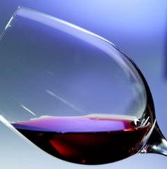 Un ingredient miraculos din vinul rosu prelungeste viata