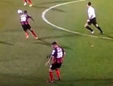 Un jucator de fotbal si-a pierdut peruca in timpul meciului (Video)