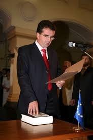 Un lider PSD vrea o lege ca oamenii sa nu mai fie urmariti penal: Pedepsele pentru demnitari, prea mari