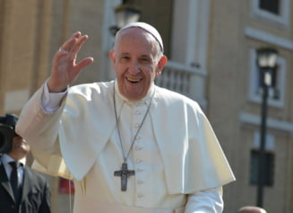 Un manuscris irakian salvat din mainile jihadistilor a fost prezentat Papei Francisc