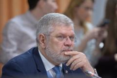 """Un membru in Consiliul de Administratie al radioului public cere comisie parlamentara de ancheta privind """"gravele derapaje"""""""