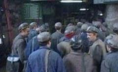 Un miner a murit la mina Paroseni