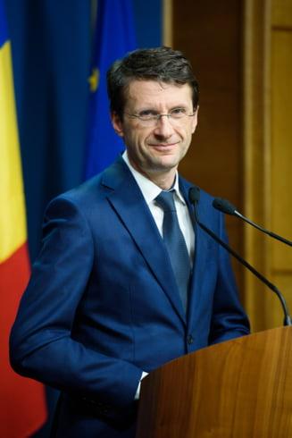 Un ministru spune ca s-au scos 35 de miliarde de euro cu camionul din Romania. Prima reactie de la Guvern