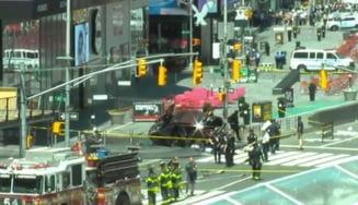 Un mort si 22 de raniti la New York dupa ce o masina a intrat in pietoni in Times Square (Foto & Video)