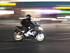 Un motociclist care a lovit un caine pe autostrada a dat in judecata CNAIR si a obtinut despagubiri financiare