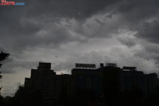 Un nor de praf saharian ajunge astazi in Romania - la ce sa ne asteptam