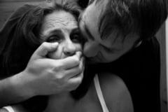 Un obsedat sexual a agresat o tanara pe cel mai cunoscut bulevard din Buzau.Atacatorul, liberat de patru luni din puscarie