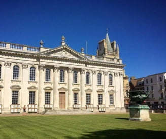 Un om al strazii de 52 de ani a fost acceptat la Cambridge