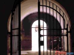 Un om de afaceri implicat in dosarul crimelor din Caracal, plasat sub control judiciar dupa o noapte in arest