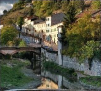 Un oras din Italia celebreaza din anii 1800 uratenia