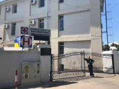 """Un pacient din Iasi care s-a vindecat de COVID-19 refuza sa paraseasca spitalul: """"Ne-a spus ca se simte mai in siguranta aici"""""""