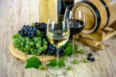 Un pahar cu vin dupa munca este benefic pentru creier, spun cercetatorii