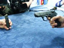 Un pistolar, cercetat pentru amenintare