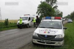 Un politist din Sebis s-a urcat beat la volan si a provocat un accident rutier!