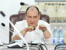 Un primar din Bucuresti le cere cetatenilor sa nu circule cu masinile personale pentru ca a plouat