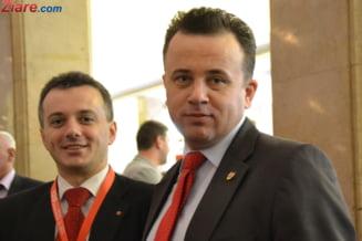 Un proaspat senator PSD isi da demisia si ii face loc lui Liviu Pop, dar ramane cu vechea functie: manager de spital