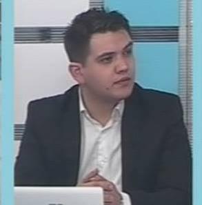 """Un profesor din Romania, care a avut """"ghinionul"""" sa nu-si permita 6 case, ii raspunde lui Iohannis"""