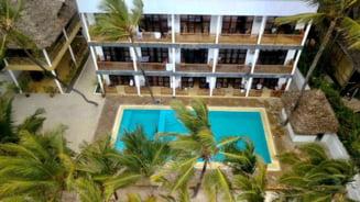 "Un roman si-a construit hotel in Zanzibar. Mesajul transmis comentatorilor care i-au persiflat initial investitia: ""Papagalilor, noul meu bloc"""