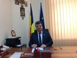 Un senator PSD a fost adus cu elicopterul SMURD la Bucuresti pentru o durere de burta si cap UPDATE Replica lui Virginel Iordache