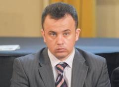 Un senator PSD acuza: Basescu l-a informat pe Antonescu despre mita in cazul Uioreanu