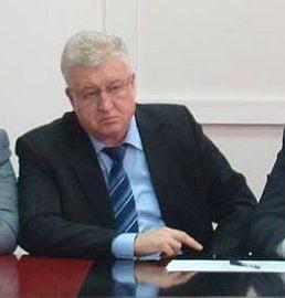 Un senator si-a anuntat demisia din grupul parlamentar al PSD