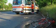 Un septuagenar a ajuns la spital, dupa ce a fost lovit de o masina