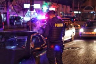 Un sofer beat si drogat a lovit 12 masini pe o strada din Brasov. Ce au descoperit politistii cand l-au verificat