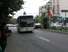 Un sofer de autocar s-a urcat beat la volan si a plecat pe Autostrada Soarelui