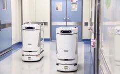 """Un spital a """"angajat"""" mai multi roboti. Fiecare poate inlocui pana la patru oameni"""