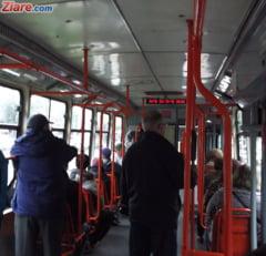 Un stalp de electricitate a cazut peste un tramvai in Cluj: Un copil a fost ranit