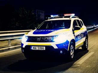 Un tanar beat a furat o masina si a produs un accident rutier in Timisoara. Adolescentul de 17 ani a fugit de politisti
