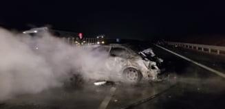 Un tanar fara permis de conducere a provocat un accident cu doi morti si cinci raniti pe A1. Un copil de 3 ani a decedat pe loc