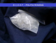 Un traficant de cocaina si cannabis a fost prins, in flagrant, langa Gara de Nord (Video)