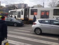 Un tramvai s-a rupt pe Bulevardul Chisinau din Capitala. STB refuza sa dea orice detaliu