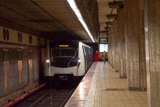 Un tren s-a defectat în stația de metrou Parc Bazilescu. Traficul este perturbat