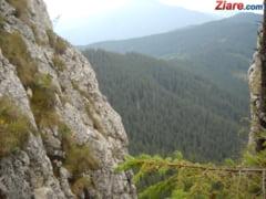 Un turist a murit in Bucegi, dupa ce a cazut intr-o prapastie de peste 300 de metri
